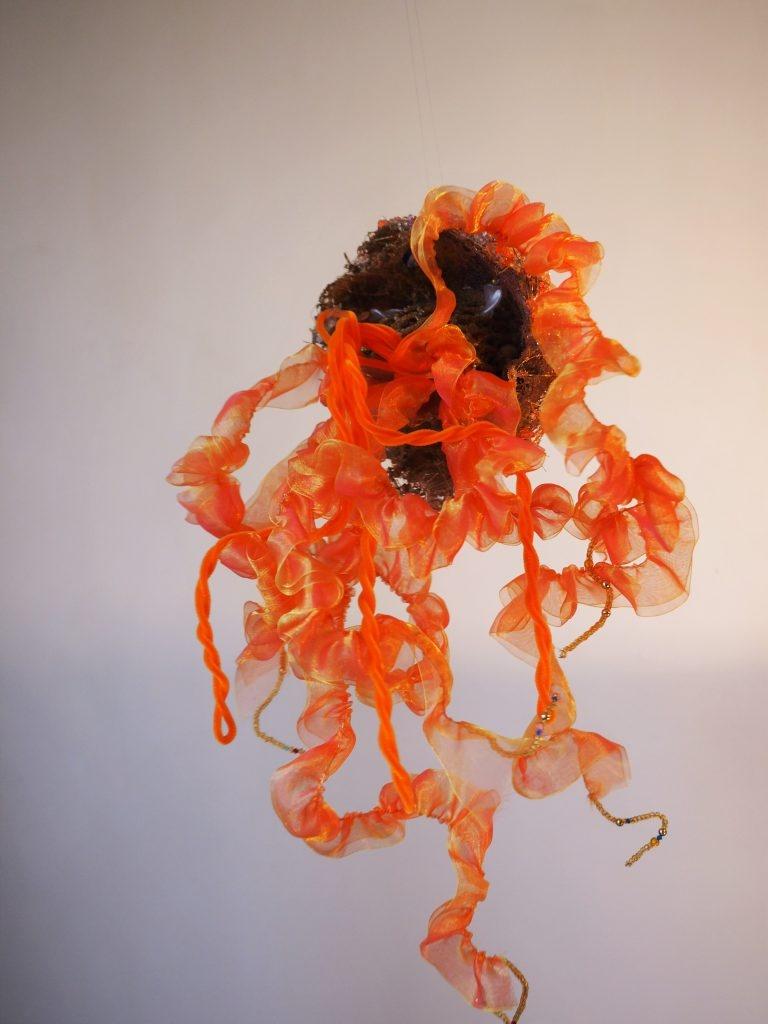 Laëtitia-Ambroselli-Meduse-orange