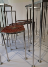 Laëtitia-Ambroselli-tables-vue-des-pieds